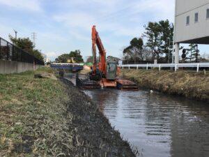 ICT搭載型・泥上掘削システムが稼働開始しました